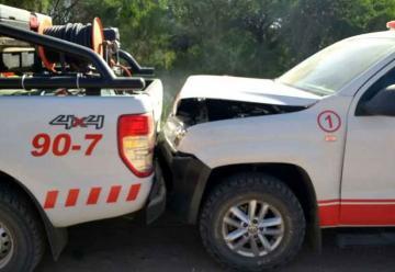 Chocaron en cadena tres móviles de bomberos
