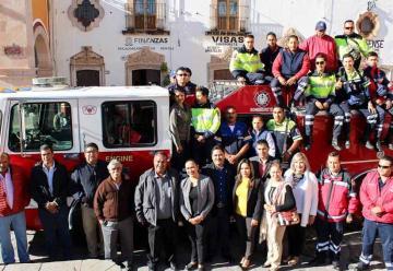 Entregan camión de bomberos a PC de Sombrerete