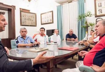 Bahl recibió a representantes de Bomberos de toda la provincia