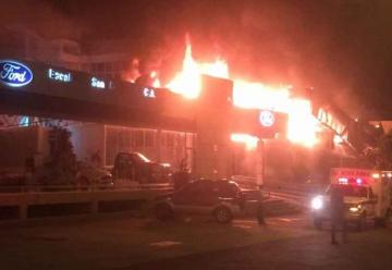 Perdidas incalculables deja incendio en sede de Corpoelec Táchira