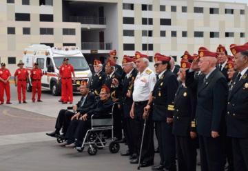 Condecoran a bomberos por su labor al servicio de la comunidad