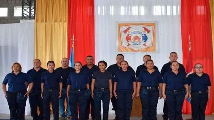 Acto de egreso de los primeros Bomberos Voluntarios de Frontera