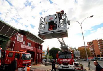 Los bomberos integran a su flota la autoescala