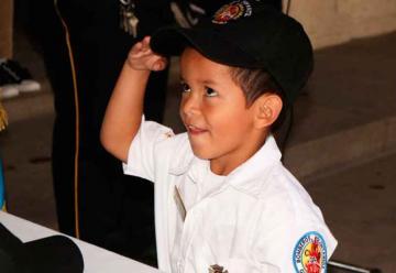 Se graduó la brigada infantil de Bomberos de Antigua Guatemala