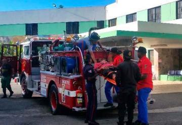 Camión de Bomberos es usado como ambulancia
