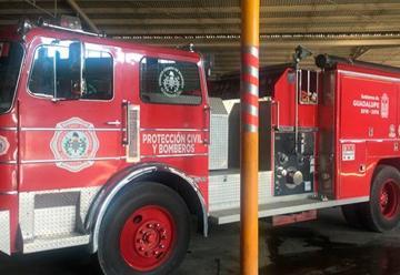 Recibe PC de Guadalupe nuevo camión de bomberos