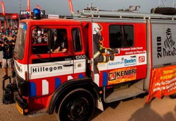 Donaron un camión de rescate a los Bomberos de Pisco