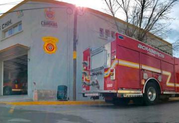 Ponen nombre de bomberos caídos a 3 estaciones en Chihuahua