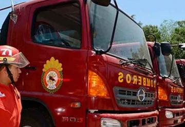 Bomberos reciben 19 vehículos donados por Gobierno Regional