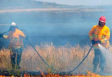 Declararon extinguido el incendio en las sierras