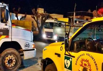 Móviles de Bomberos Voluntarios afectados por la intensa actividad