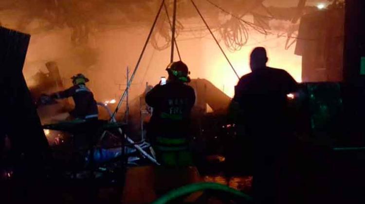 Incendio en mercado de Usulután destruye 61 puestos