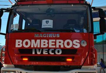 Entregan seis carros para bomberos de la región de Aysén