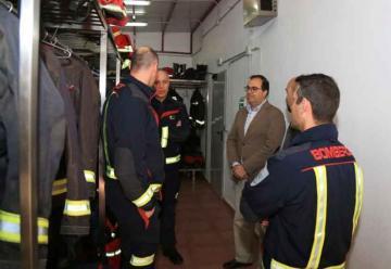 Ozono para descontaminar los equipos de los bomberos