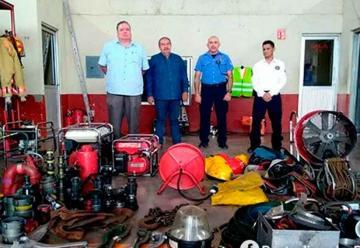 Bomberos de Guamúchil recibió en donación equipo de rescate