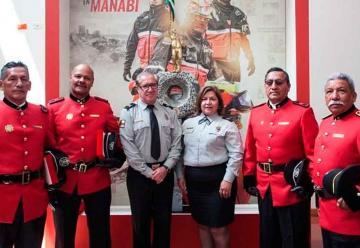 Bomberos Quito reconoce el trabajo de su personal jubilado