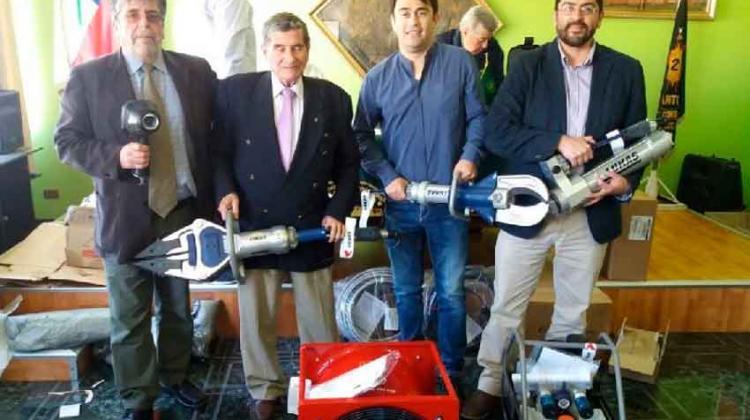Entregan equipamiento a Bomberos de San Antonio