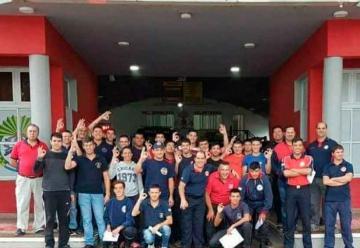 Capacitación para bomberos voluntarios en Rescate acuático