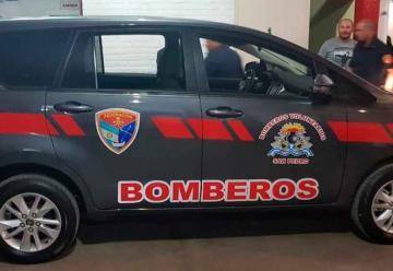 Bomberos de San Pedro presentaron de unidad de traslado