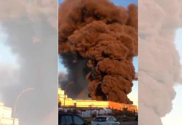 Voraz incendio en una fábrica textil de La Plata
