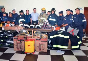 Bomberos de Neiva estrenan equipos para atender emergencias