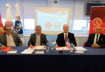 Bomberos Voluntarios firmó un convenio de cooperación con la NFPA