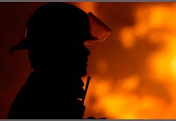 Tres voluntarios de bomberos de Villarrica en incendio
