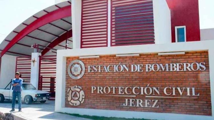 Roban motobomba a bomberos en Jerez