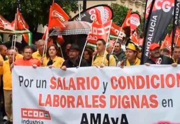 Bomberos del Infoca se movilizan por un nuevo convenio