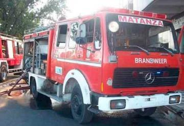 CABA dona vehículos a los Bomberos Voluntarios de La Matanza