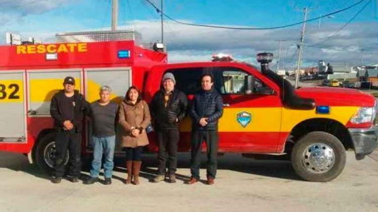 Nuevo vehículo multipropósito para la comuna de Porvenir