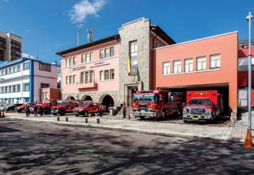 Bomberos Quito cumple 74 años de fundación institucional