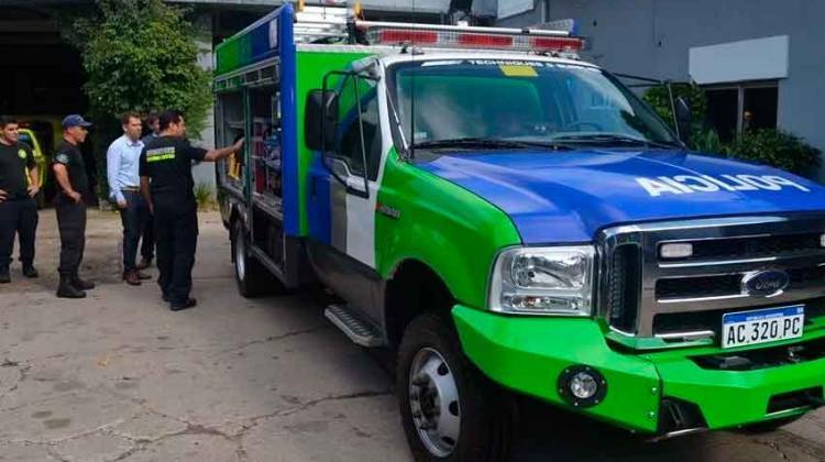 Bomberos Miramar recibió una autobomba de rápida intervención