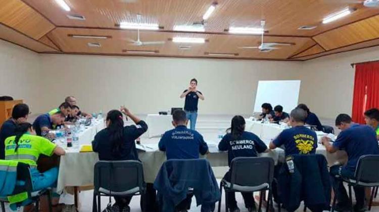 Bomberos realizaron cursos para instructores en Boqueron