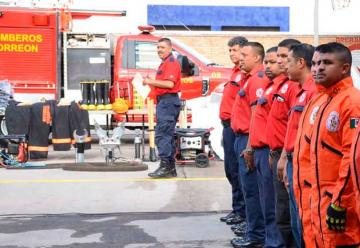 Entregan vehículo al Cuerpo de Bomberos de Torreón