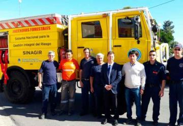 Nuevo camión para incendios forestales de Bomberos de Algarrobo
