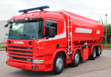VENDIDO ::  Cisterna para Bomberos marca SCANIA 124G