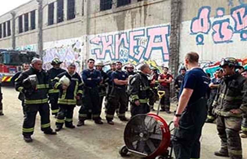 Bomberos de Estados Unidos imparten curso a Voluntarios en Valparaíso