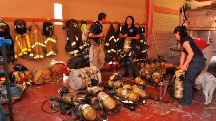 Donativo por 20 mil dólares en equipo para bomberos de San Luis