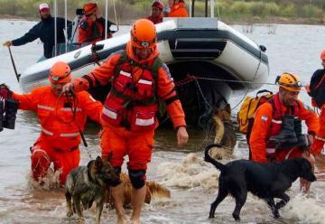 Bomberos conformarán en La Pampa la primera brigada de perros