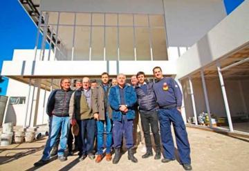 Aporte municipal para la construcción del techo de Bomberos Mar del Tuyú