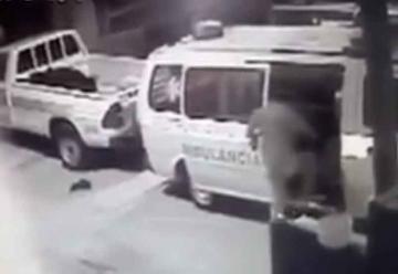 Asaltan ambulancia de Bomberos en Sololá