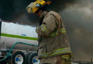 Lanzarán licitación para uniformes de bomberos