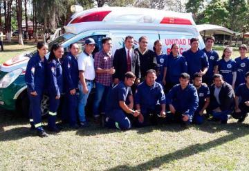 Bomberos de Vaquería recibió su primera ambulancia