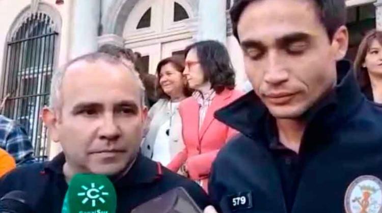 La justicia griega absuelve de todos los cargos a los tres bomberos