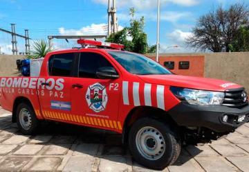 Bomberos de Carlos Paz presentaron un nuevo vehículo