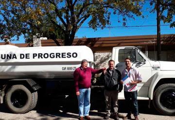 Entrega de camión cisterna a BomberosVoluntarios de Progreso