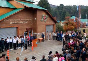 Inauguran el nuevo cuartel de bomberos de Villa Pehuenia – Moquehue