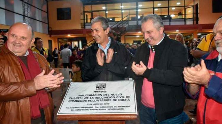 Inauguran la nueva sede de los Bomberos Voluntarios de Oberá.
