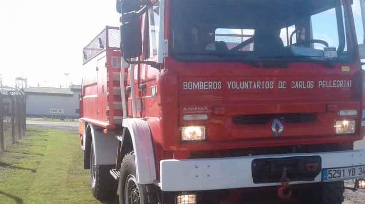 Nueva Unidad para Bomberos Voluntarios Carlos Pellegrini